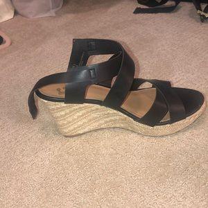 Black strappy wedge heels